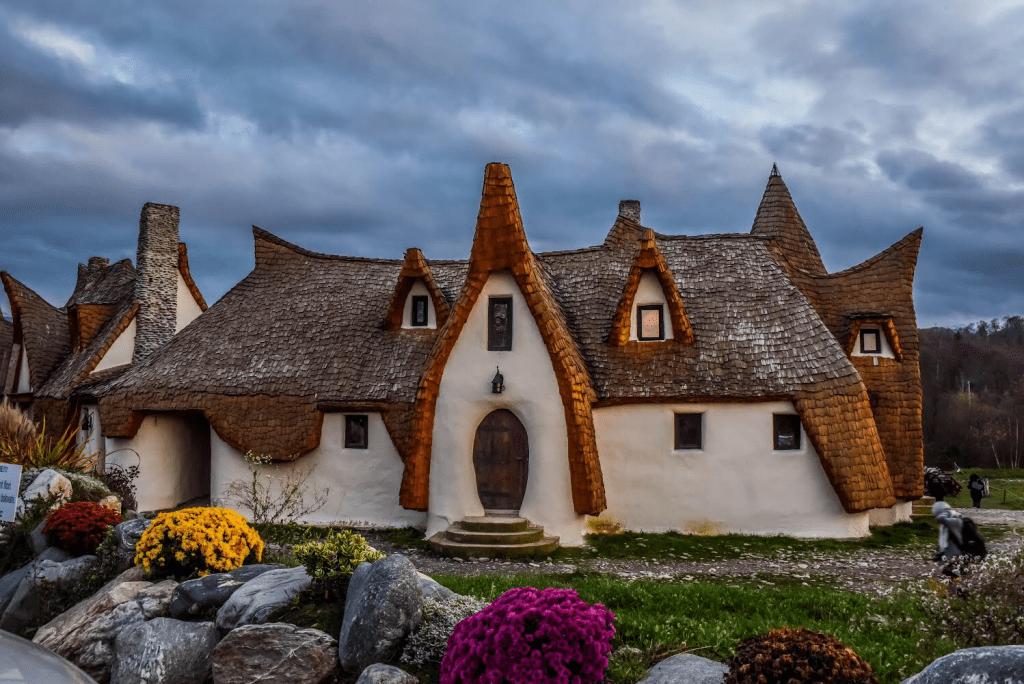 Romania - Sibiu - Castelul de Lut Valea Zanelor