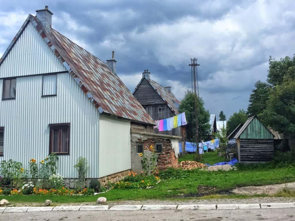Montenegro - Zabljak - houses