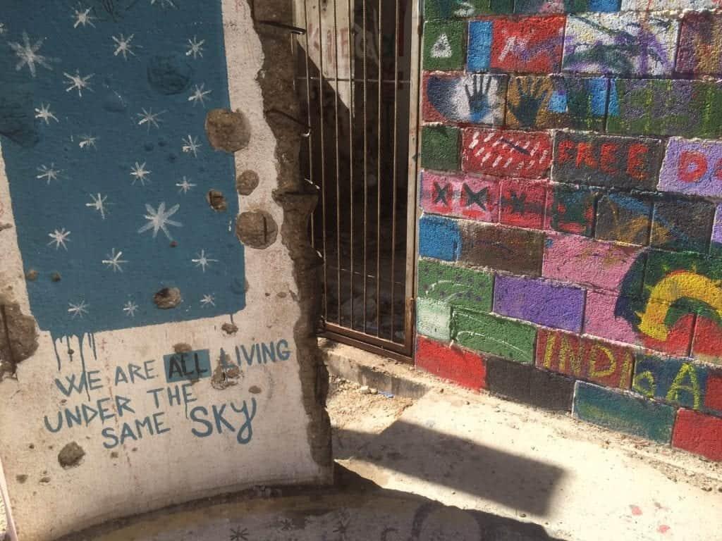 Bosnia - Mostar - graffiti sniper tower