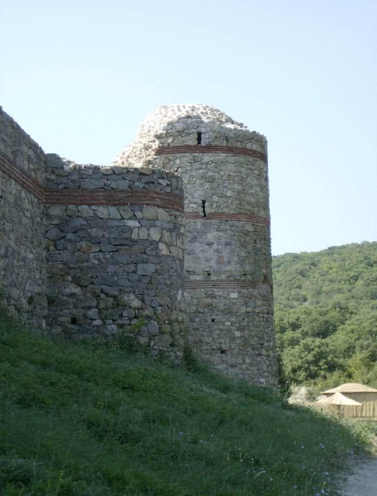 Bulgaria - Mezek Fortress - Wikimedia