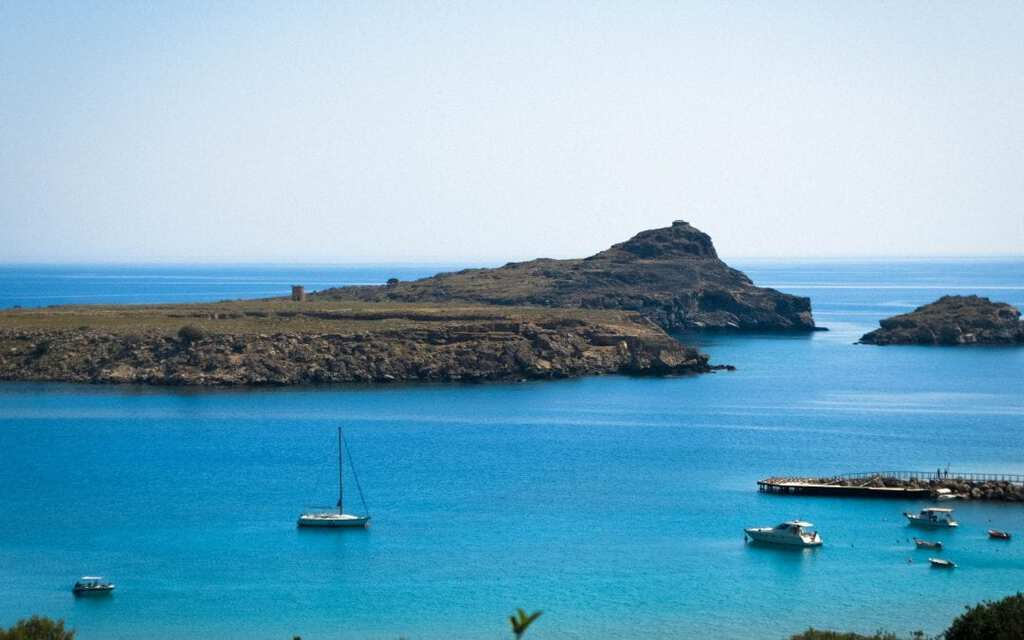 How to Easily Get from Rhodes to Lindos By Transfer, Bus, or Boat