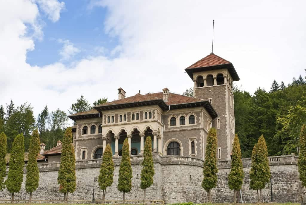 Romania - Cantacuzino_Castle_- Wikimedia Commons
