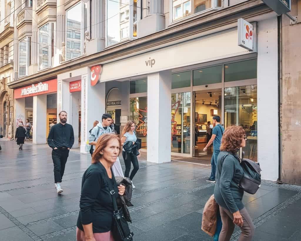 Serbia - Belgrad - VIP Cell Store