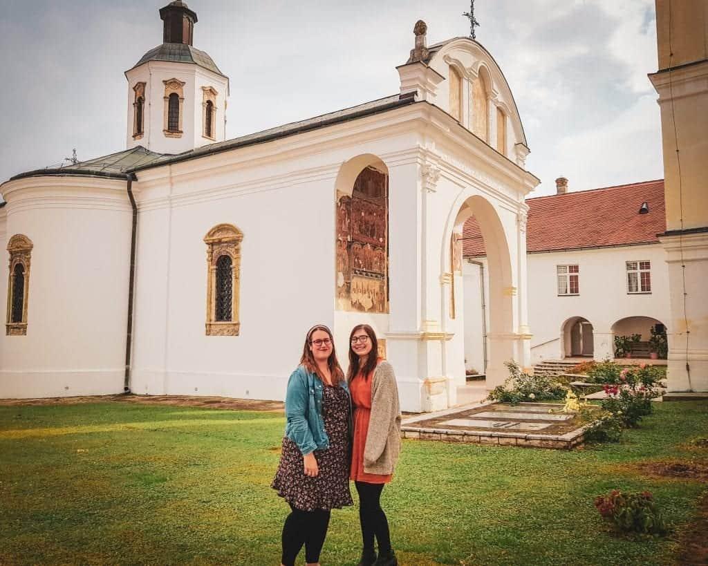 Serbia - Fruska Gora - Krusedol Stéphanie and Allison