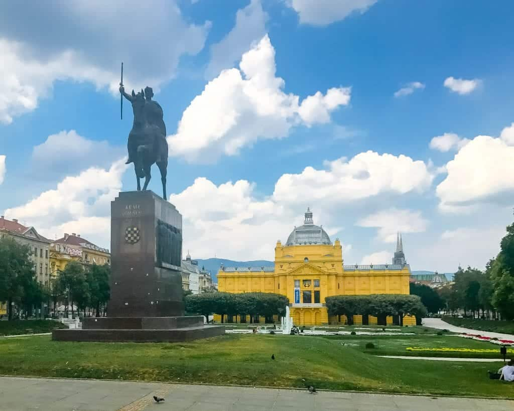 Croatia - Zagreb - Art Pavillion and Statue of King Tomislav on Tomislav Square