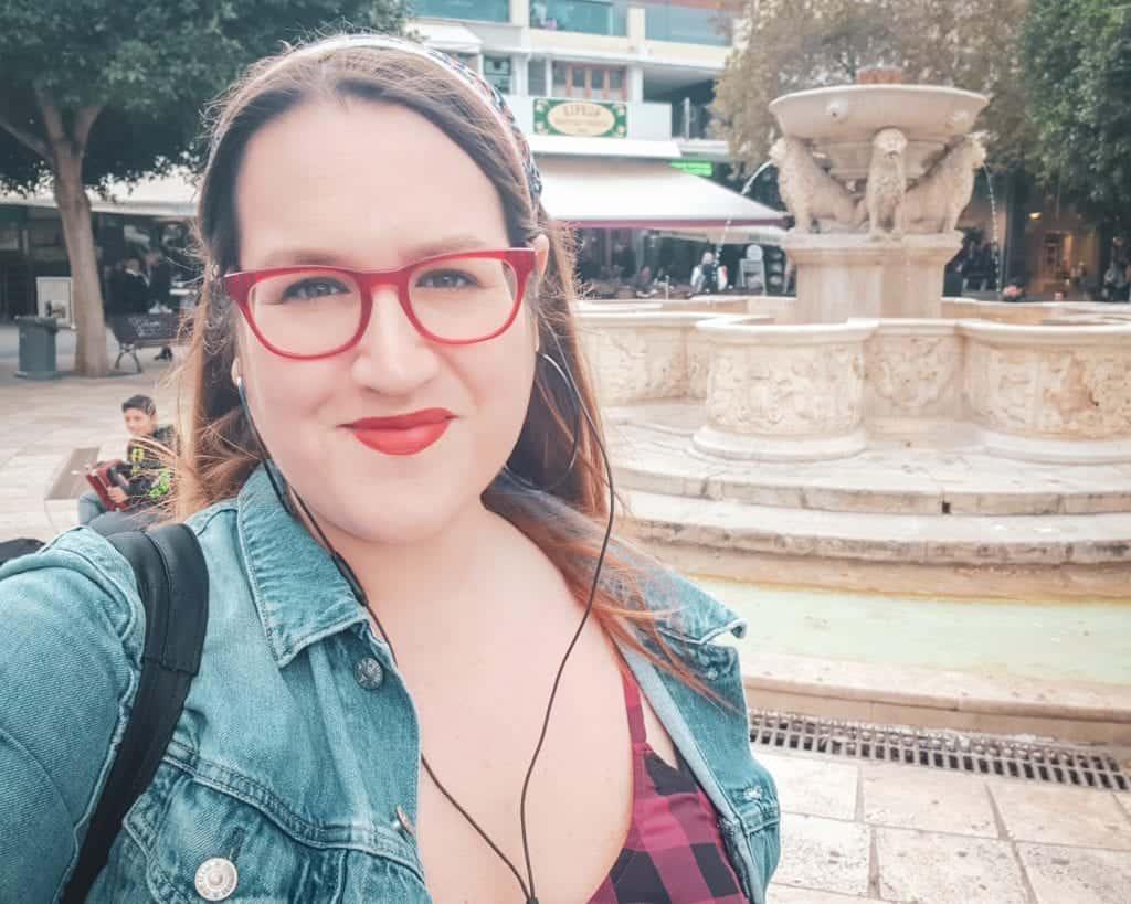 Crete - Heraklion - Morosini Lions Fountain Stephanie Selfie