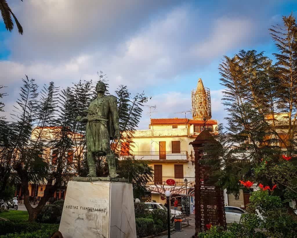 """Crete - Rethymnon - Statue of Konstantinos """"Kostis"""" Giaboudakis"""