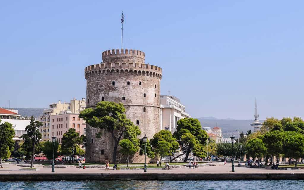 5 Cafes in Thessaloniki to Try & 1 To Avoid At All Costs