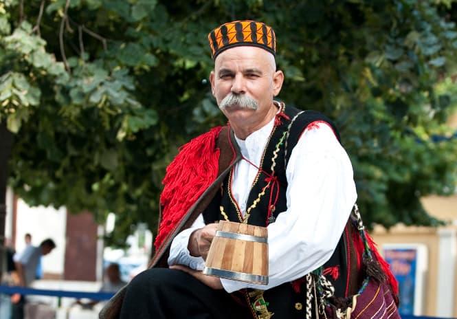 Croatia - Šibenik cap Dinarska - Wikimedia Commons
