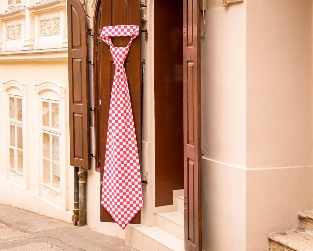 Croatia - Zagreb - Cravat - Pixabay