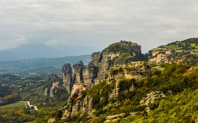 Is It Worth Visiting Meteora?  Here's 5 Reasons Why I Say Yes!