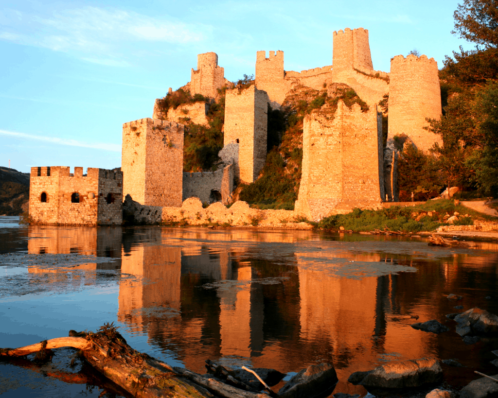 Serbia - Golubac - Canva