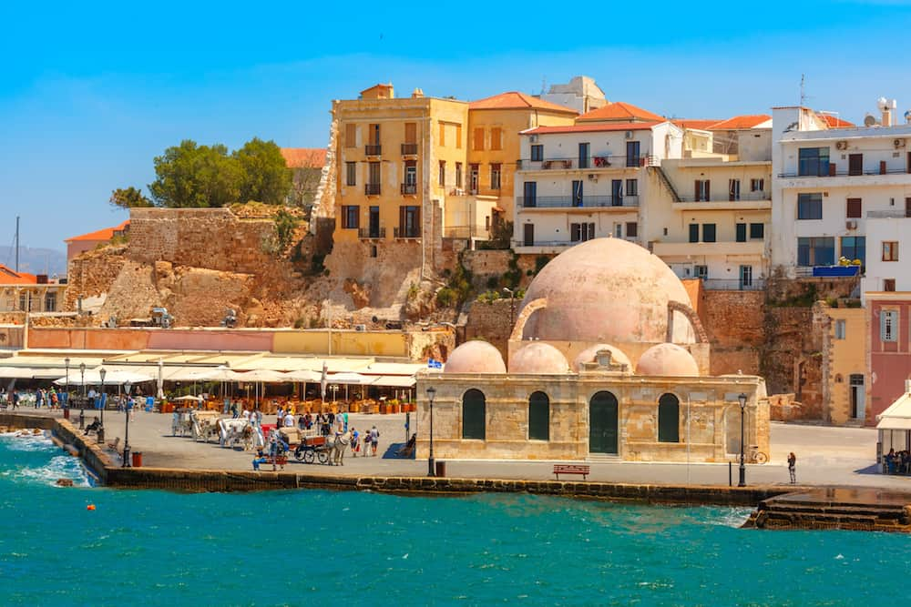 Chania or Heraklion: Which City in Crete is Right for You?
