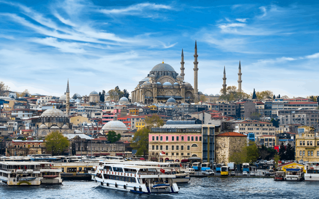 50 Essential Istanbul Travel Tips for Your First Visit to the 'Bul