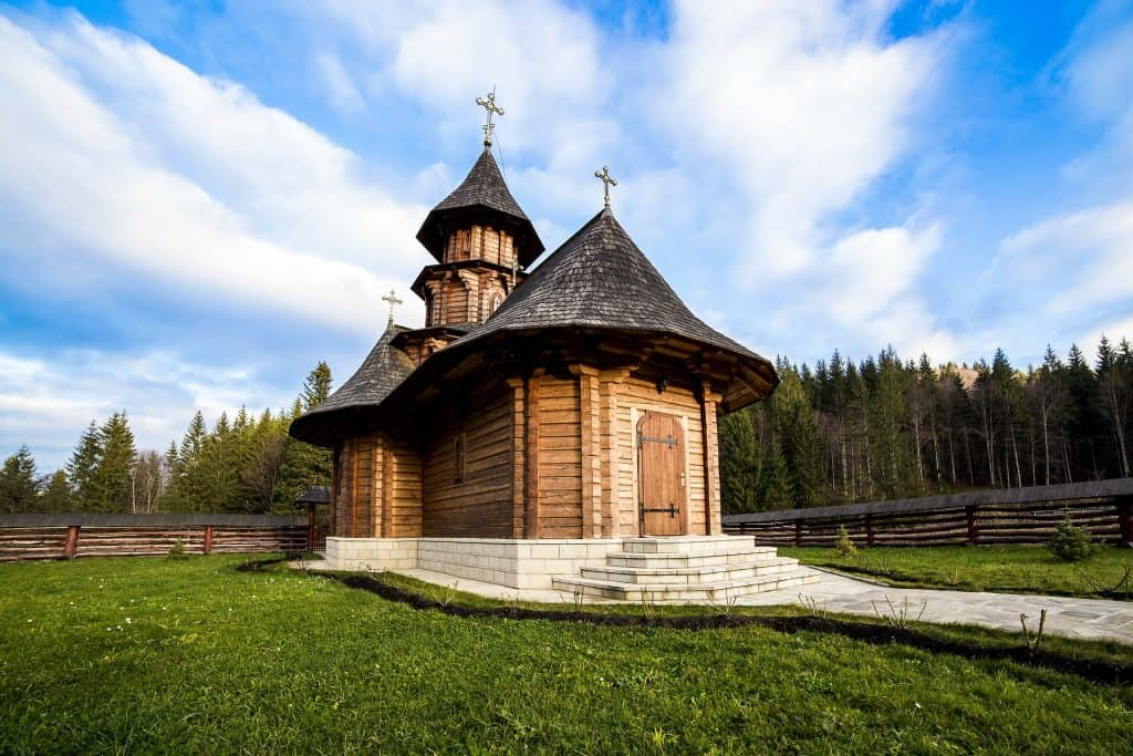 Romania - Sihastria - putnei - Monastery
