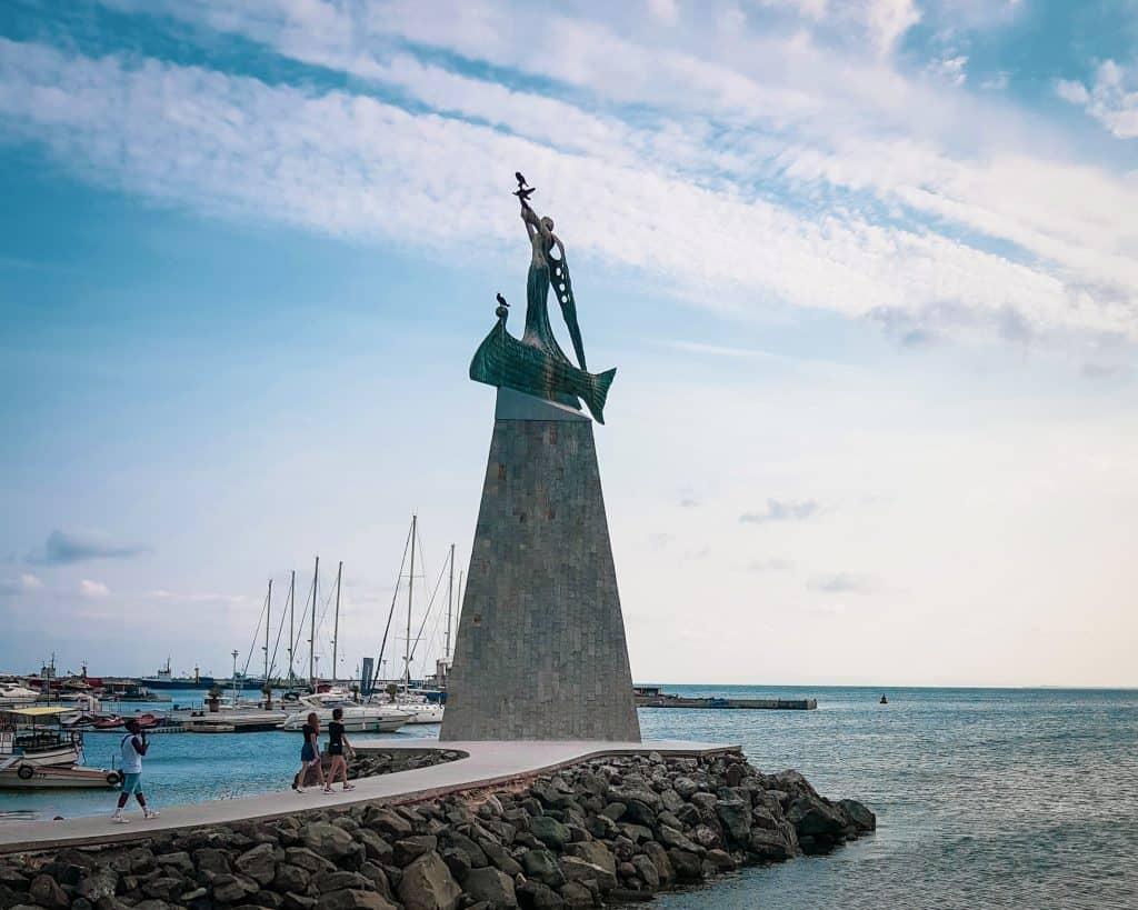Bulgaria - Nessebar - St Nicholas Statue