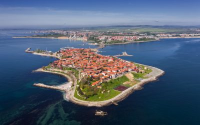 Nessebar or Sunny Beach: Which Beach Town is Right for You?