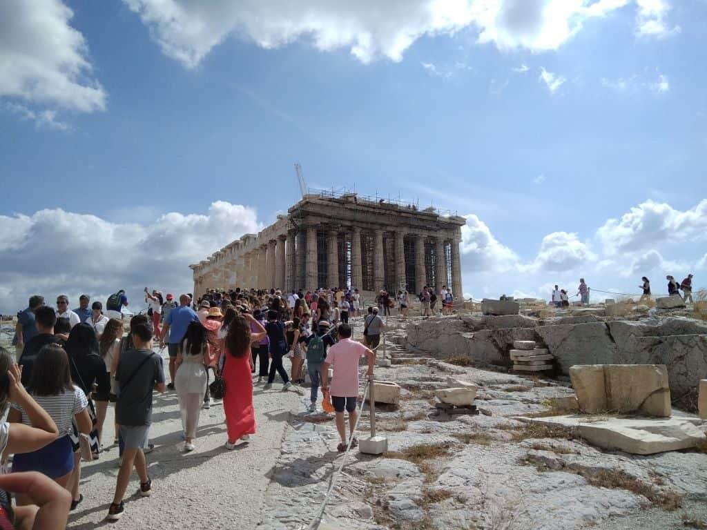 Crowds at Acropolis