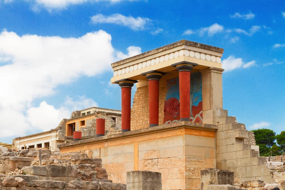How to Visit the Minoan Palace of Knossos (from Heraklion + Elsewhere)