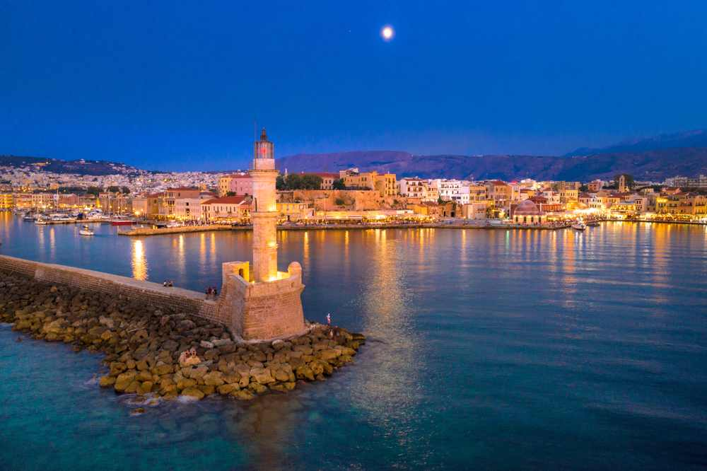 Ridiculously Useful Guide to Nightlife in Chania