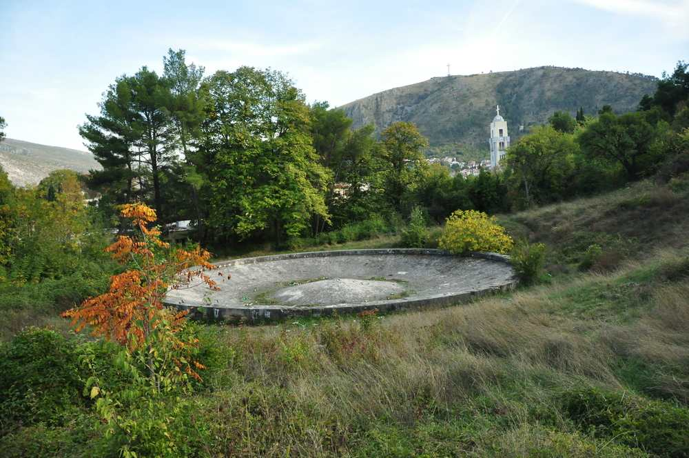 Bosnia - Mostar - mostar partisan memorial